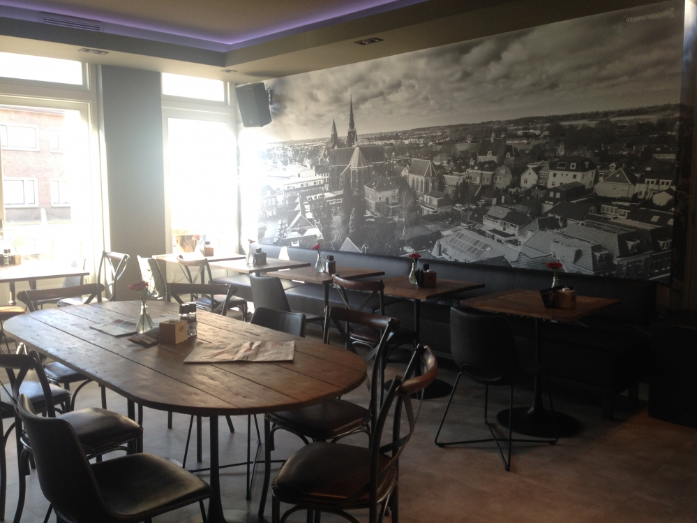 Interieur grand cafe Montfoort